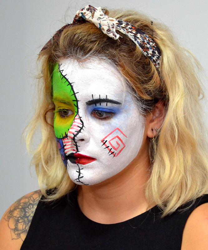 maquillaje hallowen mueca rota